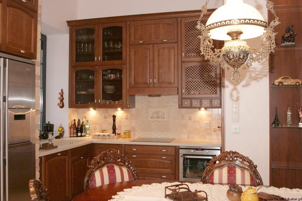 Klasyczne meble kuchenne LOKATOR  galeria zdjęć I
